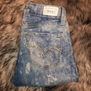 "Levi's ""washed out"" jeans!"